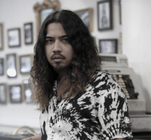 How To Cut Men S Long Hair Sebastian Professional